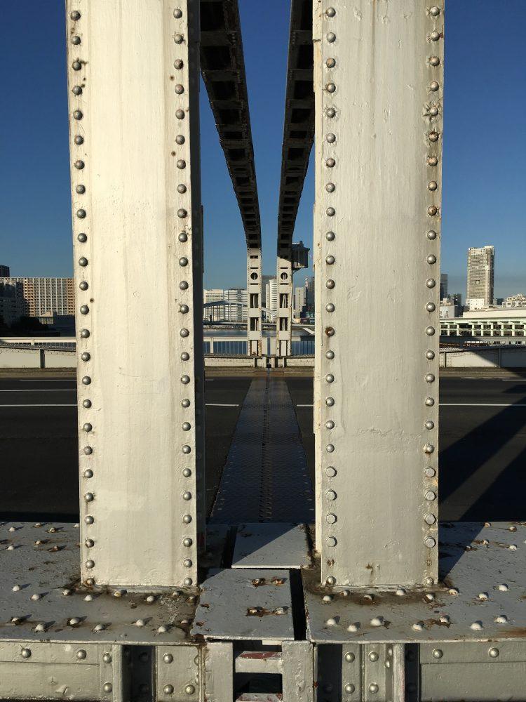勝鬨橋真ん中切れ目
