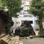 富士山の霊力をご近所で。鉄砲洲稲荷神社の富士塚