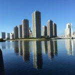 隅田川に映る「逆さリバーシティ」と石川島の歴史