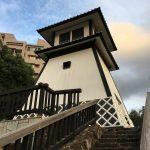 無駄にお金をかけたトイレ?いやそれは、石川島灯台です。